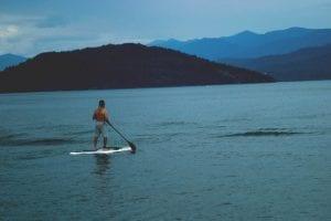 lake-water-paddle-700x467 (1)